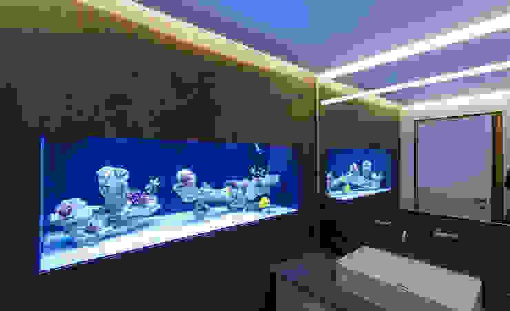 Will GmbH Modern bathroom Tiles Grey