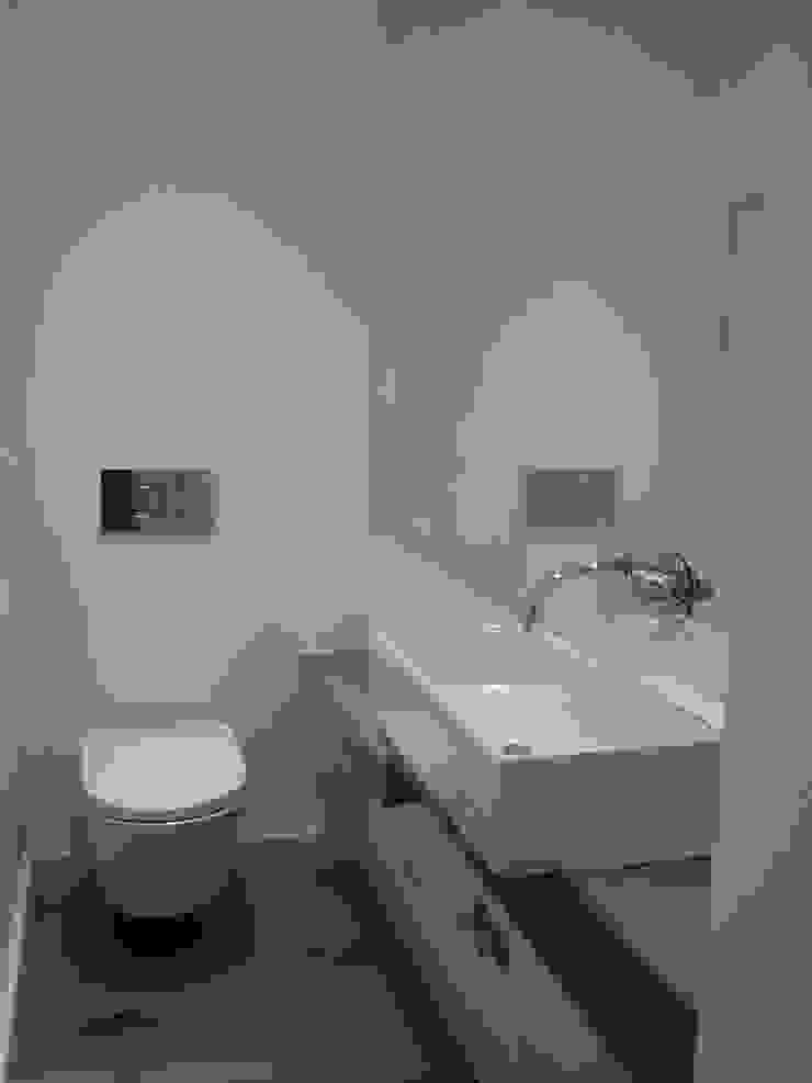 Ванная в колониальном стиле от QFProjectbuilding, Unipessoal Lda Колониальный