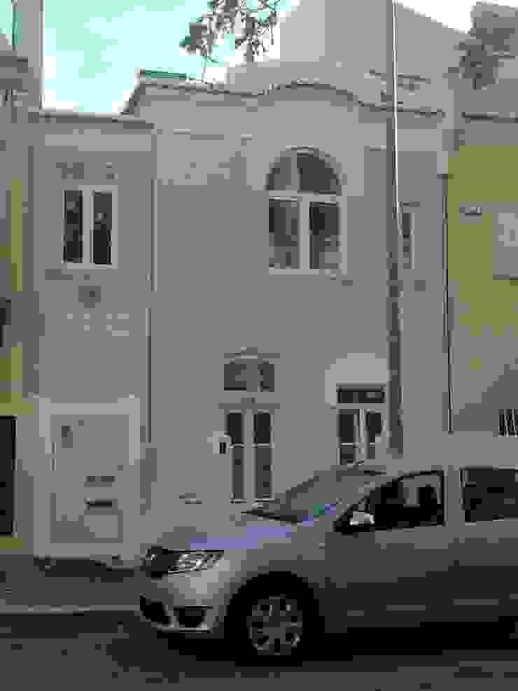 House – Arco do Cego, Lisbon Casas clássicas por QFProjectbuilding, Unipessoal Lda Clássico