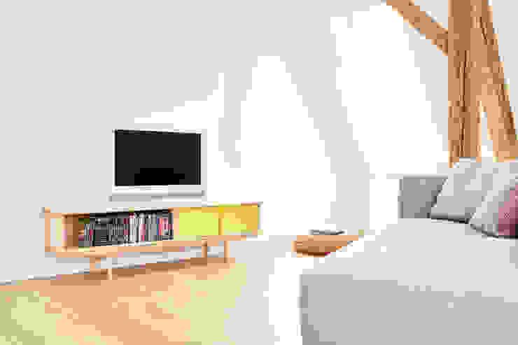 Splitter - 2x 1/2: modern  von Neuvonfrisch - Möbel und Accessoires,Modern Holz Holznachbildung