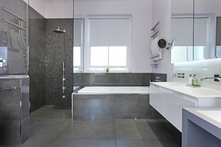 Battersea Town House Modern Bathroom by PAD ARCHITECTS Modern