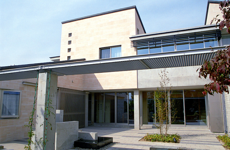 Casas estilo moderno: ideas, arquitectura e imágenes de シーズ・アーキスタディオ建築設計室 Moderno