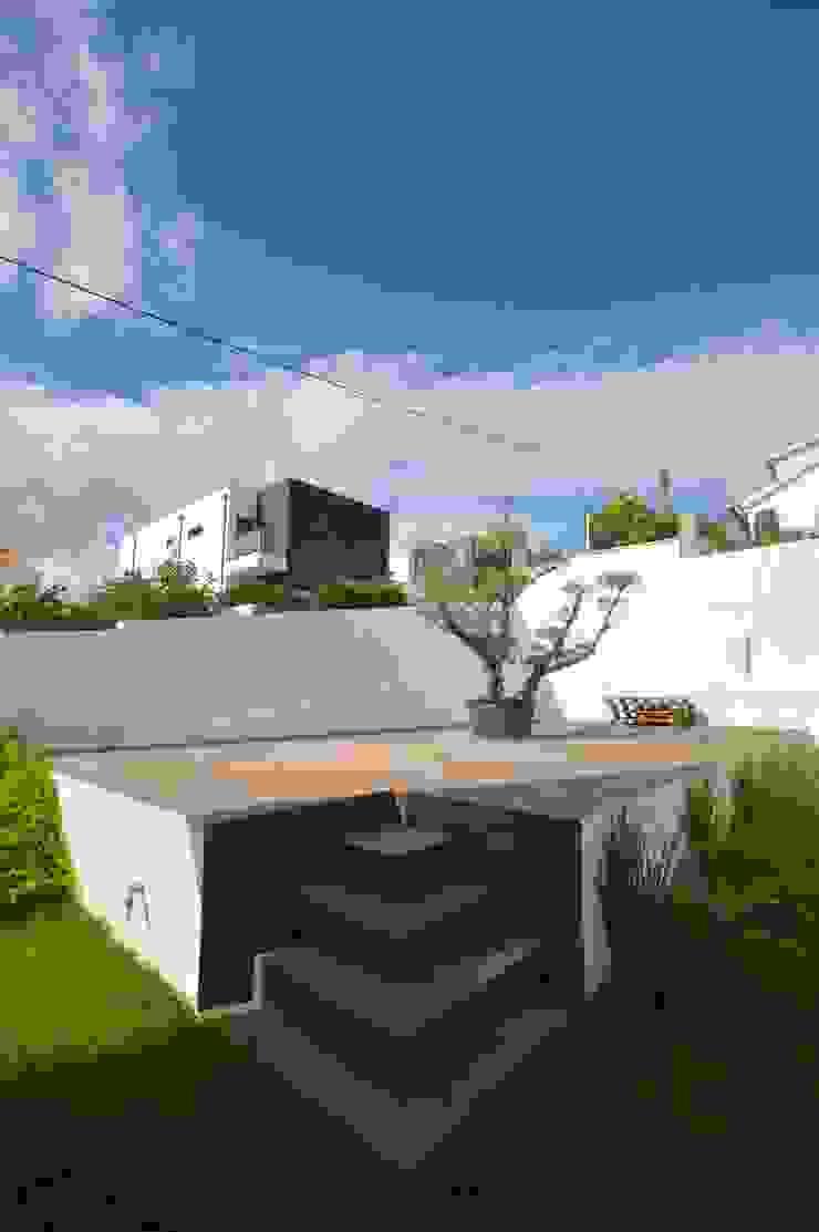 Portuguese Extreme Makeover Casas modernas por Arquitecto Telmo Moderno
