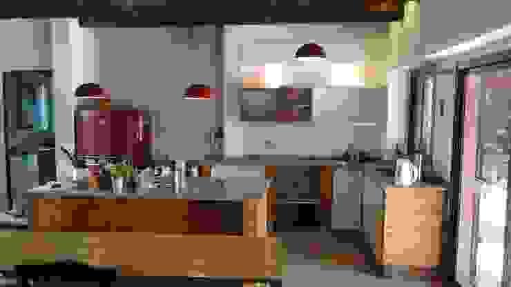 Aurea Arquitectura y Amoblamientos KitchenStorage