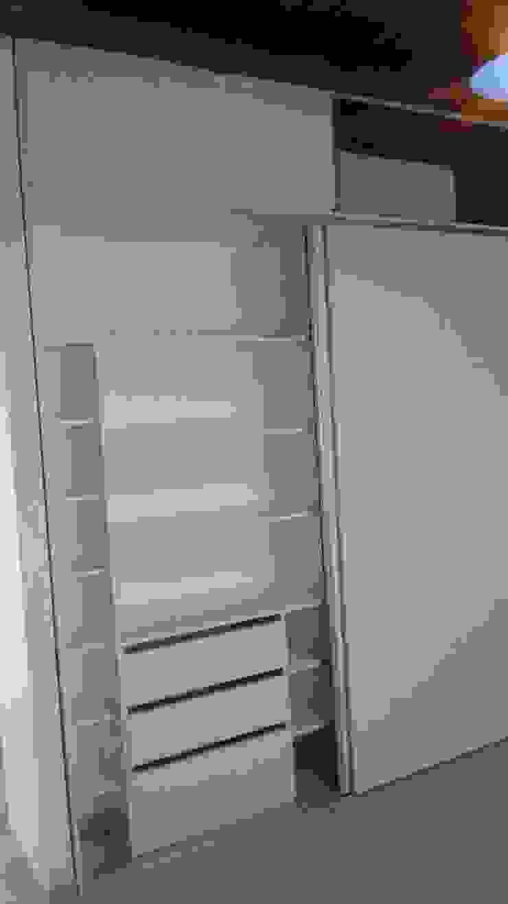 Aurea Arquitectura y Amoblamientos DormitoriosClósets y cómodas