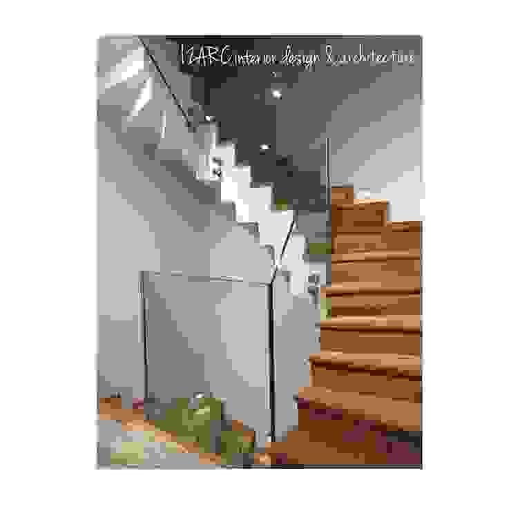 Modern Corridor, Hallway and Staircase by İZARC MİMARLIK Modern Glass