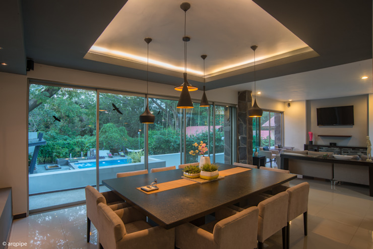 Dining room by LUIS GRACIA ARQUITECTURA + DISEÑO, Modern Stone