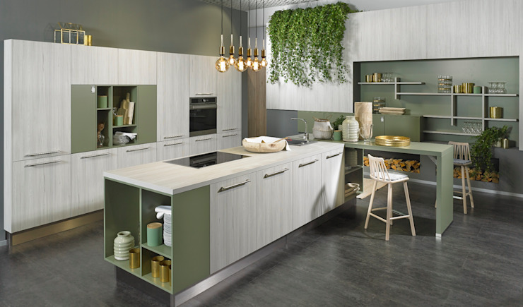 KOW Hausfair ALNO AG : modern  by ALNO North America, Modern Engineered Wood Transparent