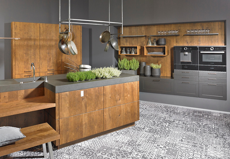KOW Hausfair ALNO AG : modern  by ALNO North America, Modern Wood Wood effect
