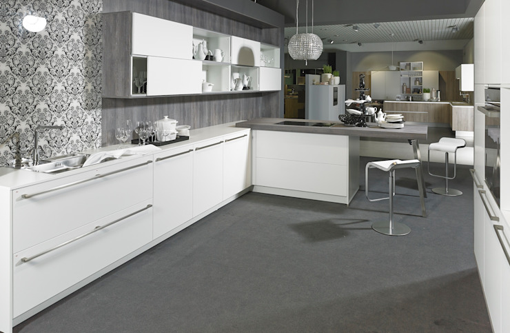 KOW Hausfair ALNO AG : modern  by ALNO North America, Modern