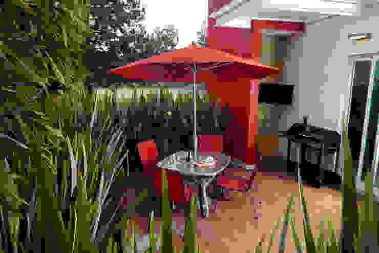 Moderne balkons, veranda's en terrassen van arketipo-taller de arquitectura Modern