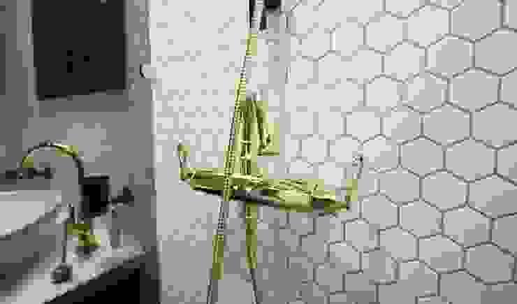 Phòng tắm phong cách hiện đại bởi homelatte Hiện đại