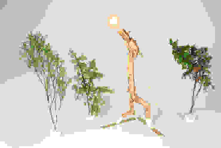 """Lamp """"Skier I"""" by Meble Autorskie Jurkowski Iндустріальний Дерево Дерев'яні"""