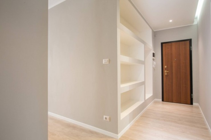 MmArchi. I Monica Maraspin Architetto Modern corridor, hallway & stairs Wood Grey