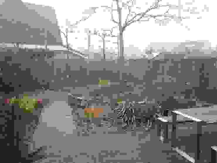 Zoals de tuin was voordat de werkzaamheden begonnen van Van Dijk Tuinen Groningen