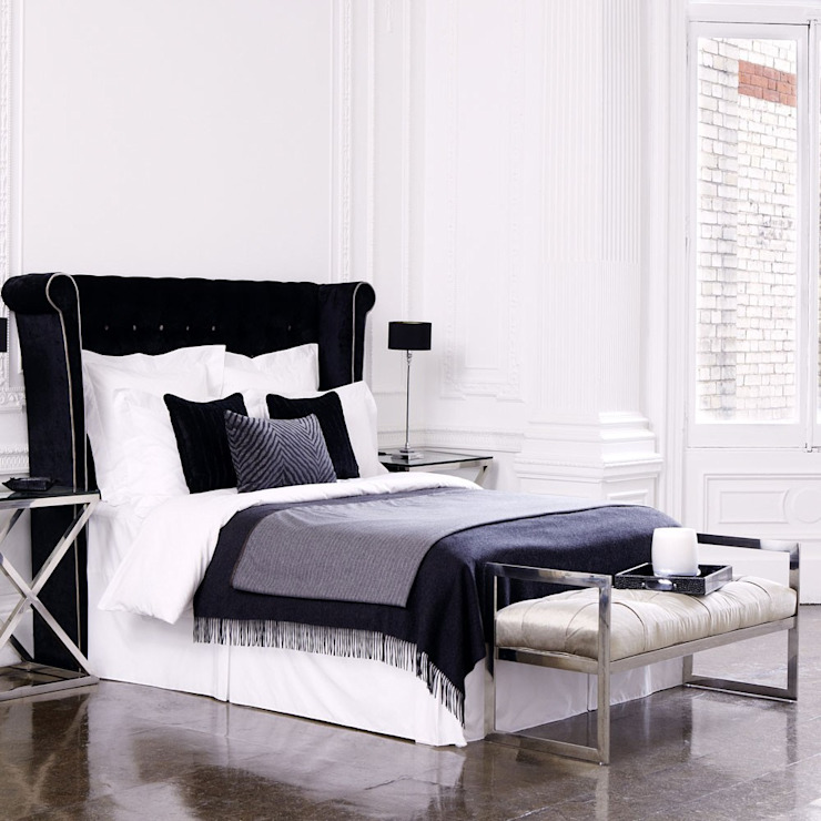 Modern style bedroom by Conexo. Modern Solid Wood Multicolored