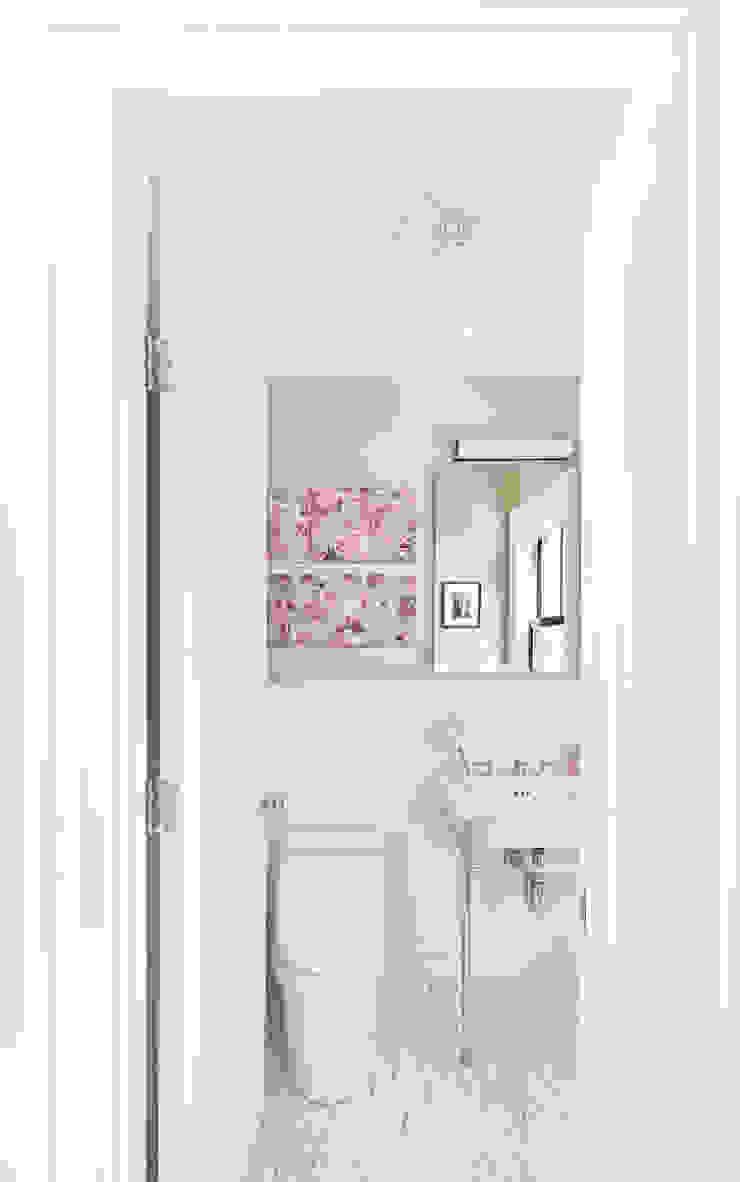 Clean Design Modern style bathrooms