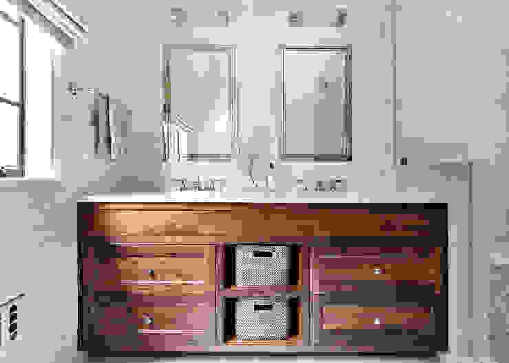 Master Bath Classic style bathroom by Clean Design Classic