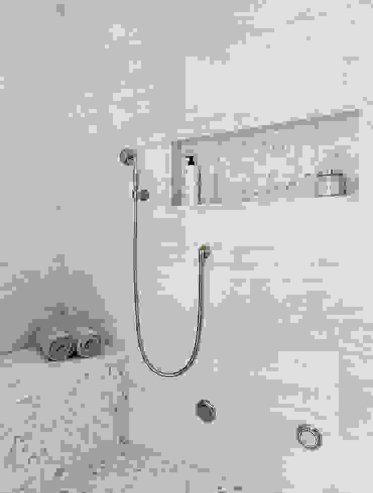 Master Bath Clean Design Classic style bathrooms