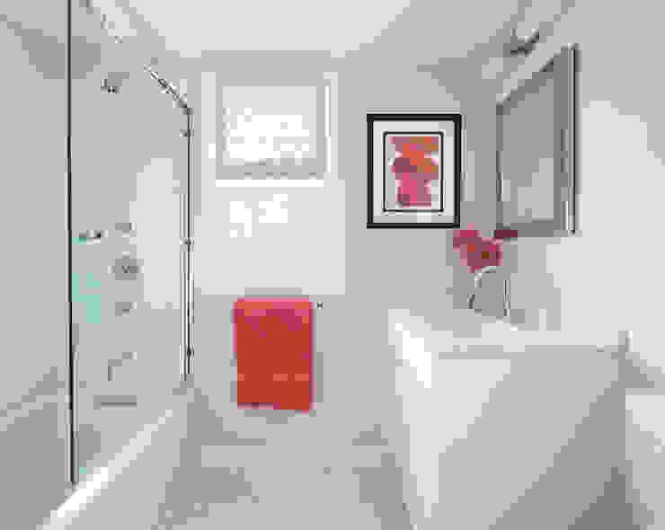 Salle de bains de style  par Clean Design, Moderne