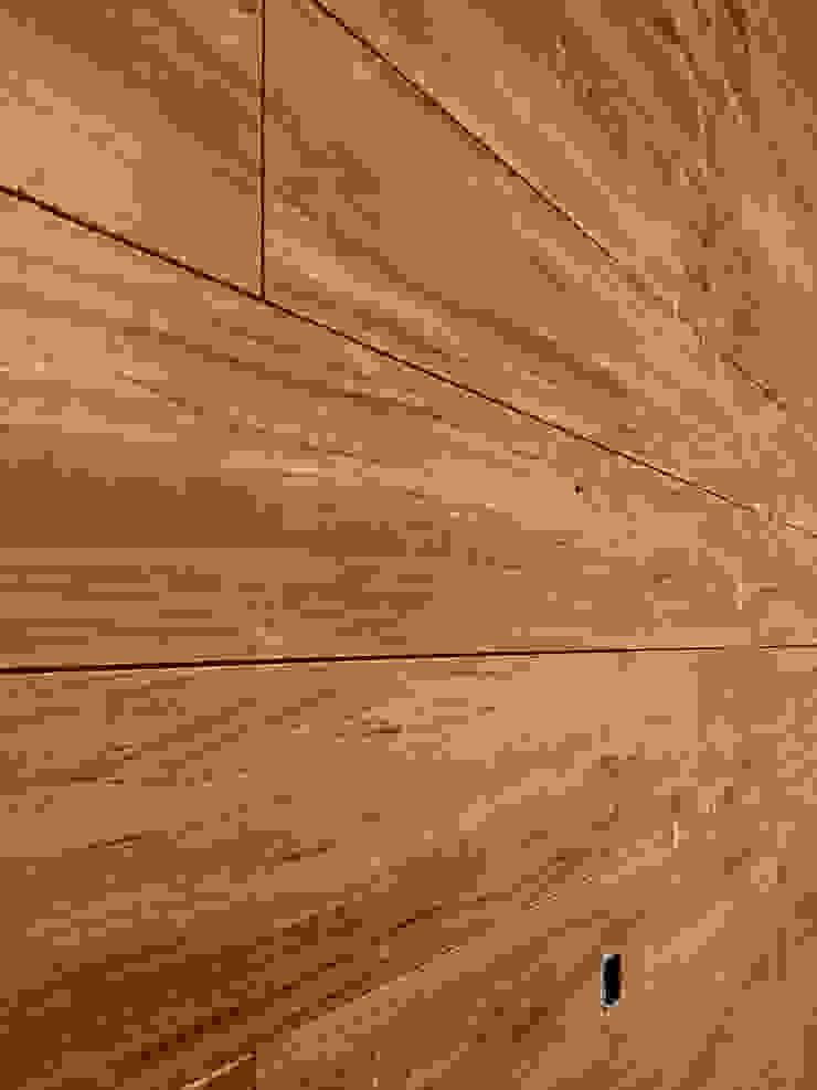 Depa RJC Paredes y pisos de estilo moderno de Estudio Chipotle Moderno Madera Acabado en madera