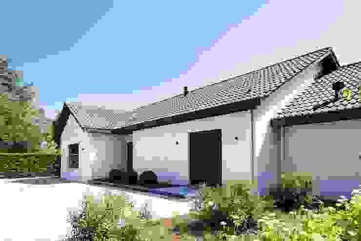 Project K Moderne huizen van JUMA architects Modern