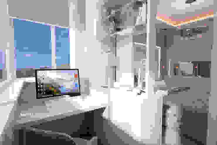 Дизайн морского интерьера трехкомнатной квартиры Балконы и веранды в эклектичном стиле от Студия Ксении Седой Эклектичный