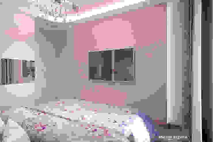 Дизайн морского интерьера трехкомнатной квартиры Студия Ксении Седой Спальня в эклектичном стиле Фиолетовый / Лиловый