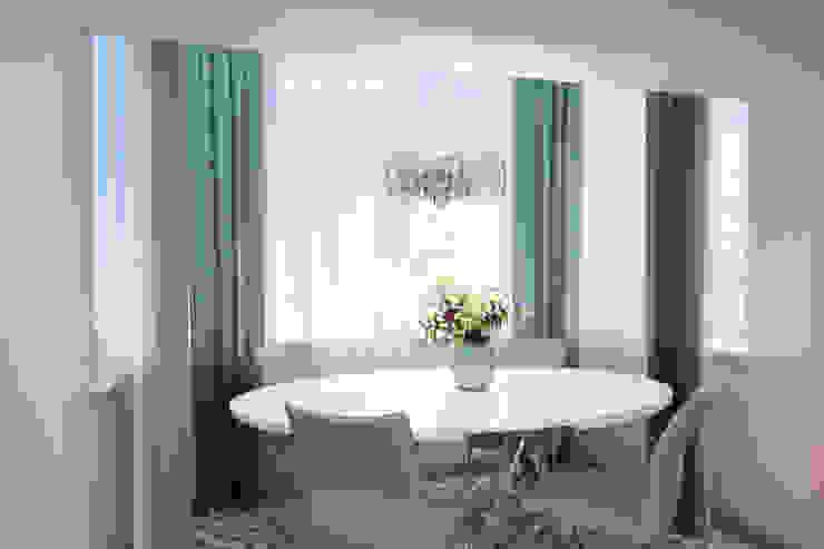 Дизайн морского интерьера трехкомнатной квартиры Студия Ксении Седой Кухни в эклектичном стиле Бирюзовый