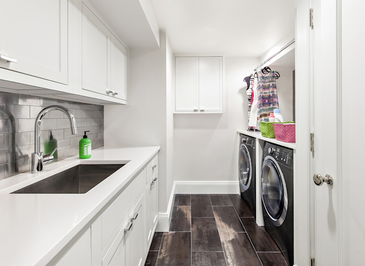 Laundry Room Modern corridor, hallway & stairs by Clean Design Modern