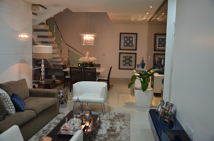 Living room by Cris Nunes Arquiteta, Classic