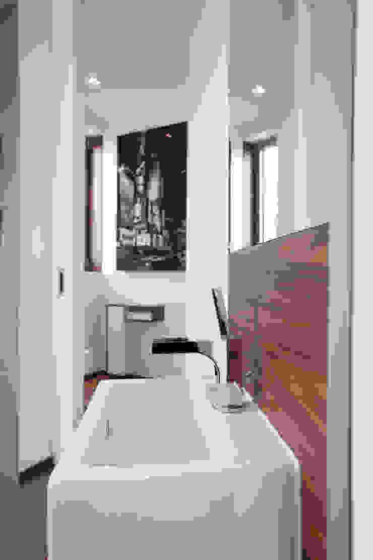 Neugebauer Architekten BDA Modern Bathroom