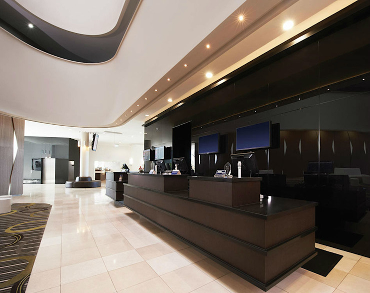 Zenolite le ofrece homogeneidad superior y excepcional brillo en la superficie del producto. Oficinas de estilo moderno de FORMICA Venezuela Moderno
