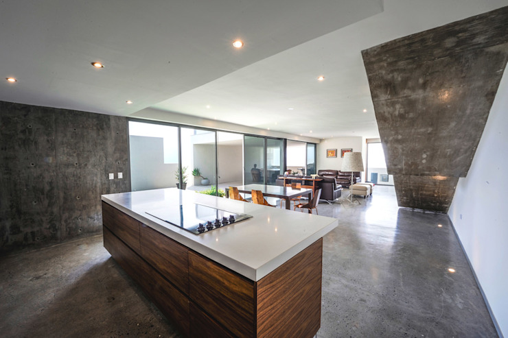 Casa IPE - P+0 Arquitectura Cocinas de estilo moderno de pmasceroarquitectura Moderno Hormigón