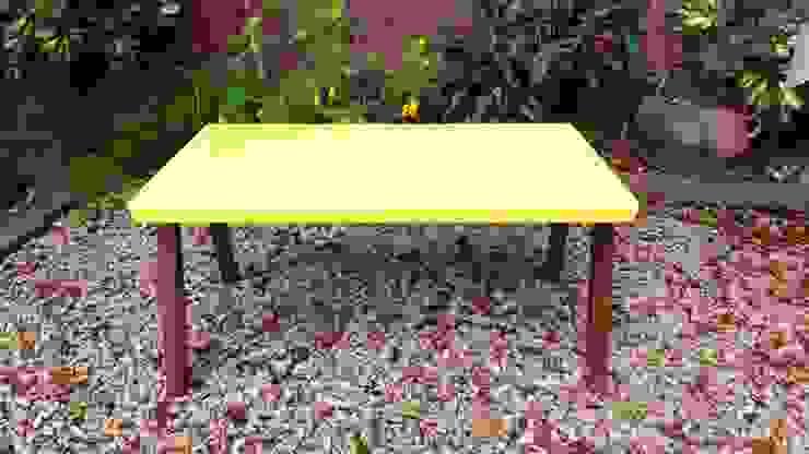 Mesas Yellow:  de estilo industrial por Algo de Mi,Industrial Hierro/Acero
