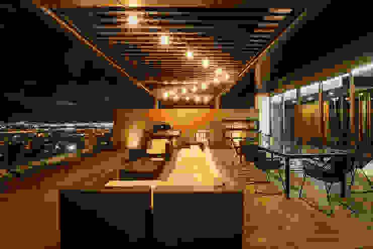 PH Fuentes - P+0 Arquitectura: Terrazas de estilo  por pmasceroarquitectura,