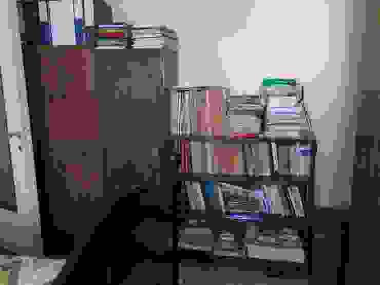 Ruang Studi/Kantor Gaya Skandinavia Oleh Venduta a Prima Vista Skandinavia