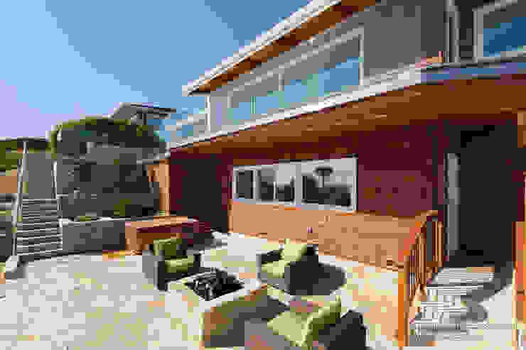 Casas modernas: Ideas, imágenes y decoración de Chibi Moku Moderno Madera Acabado en madera