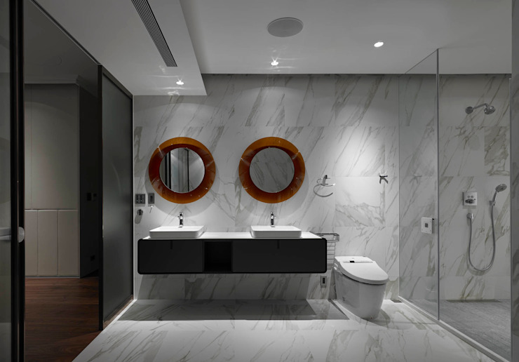 Minimalist style bathroom by 水相設計 Waterfrom Design Minimalist