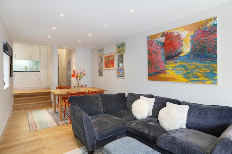 Earlsfield SW18 Modern living room by Clara Bee Modern