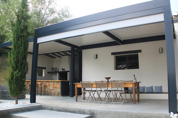 Garden by Koya Architecture Intérieure, Modern