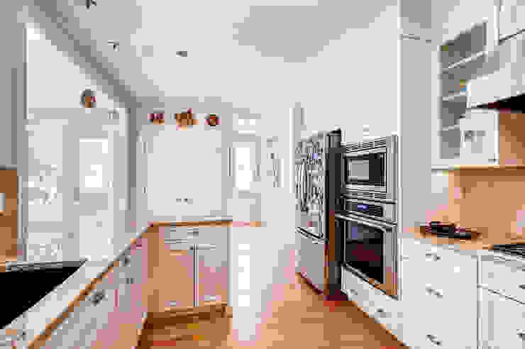 Boulder Kitchen by Studio Design LLC Classic