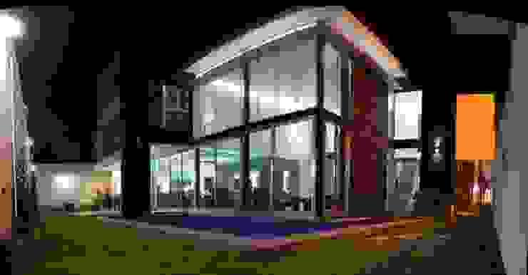 CASA BALLENA Casas minimalistas de Diseño Aplicado Avanzado de Guadalajara Minimalista Aluminio/Cinc
