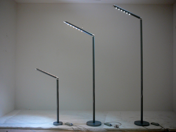 homify Industrial style living room Aluminium/Zinc Metallic/Silver