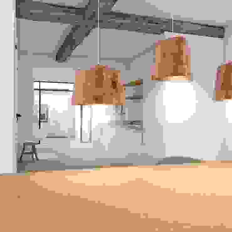 Eetkamer met open keuken Moderne eetkamers van De Nieuwe Context Modern Hout Hout