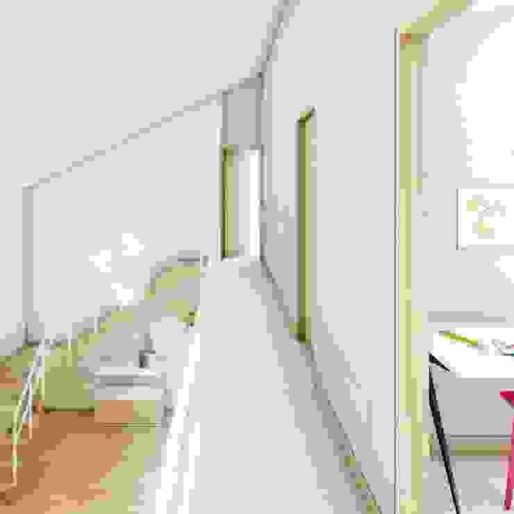 Vide Moderne gangen, hallen & trappenhuizen van De Nieuwe Context Modern Hout Hout