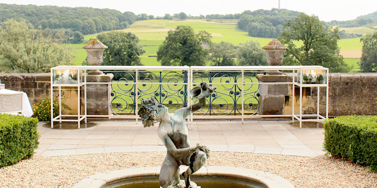 Champagnebar Château Neercanne: modern  door De Nieuwe Context, Modern Metaal