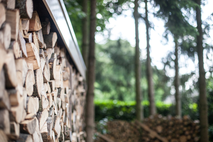 Renovatie en uitbreiding jaren 50-woning Landelijke tuinen van Bob Romijnders Architectuur + Interieur Landelijk