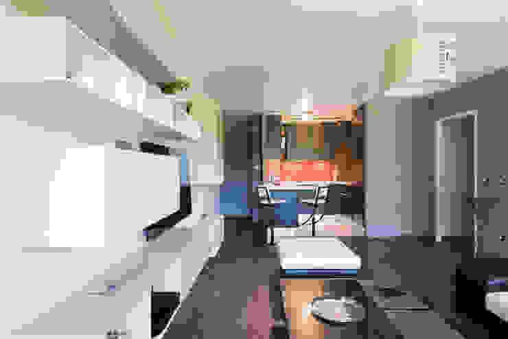 LA CUISINE DANS LE BAIN SK CONCEPT Minimalist living room