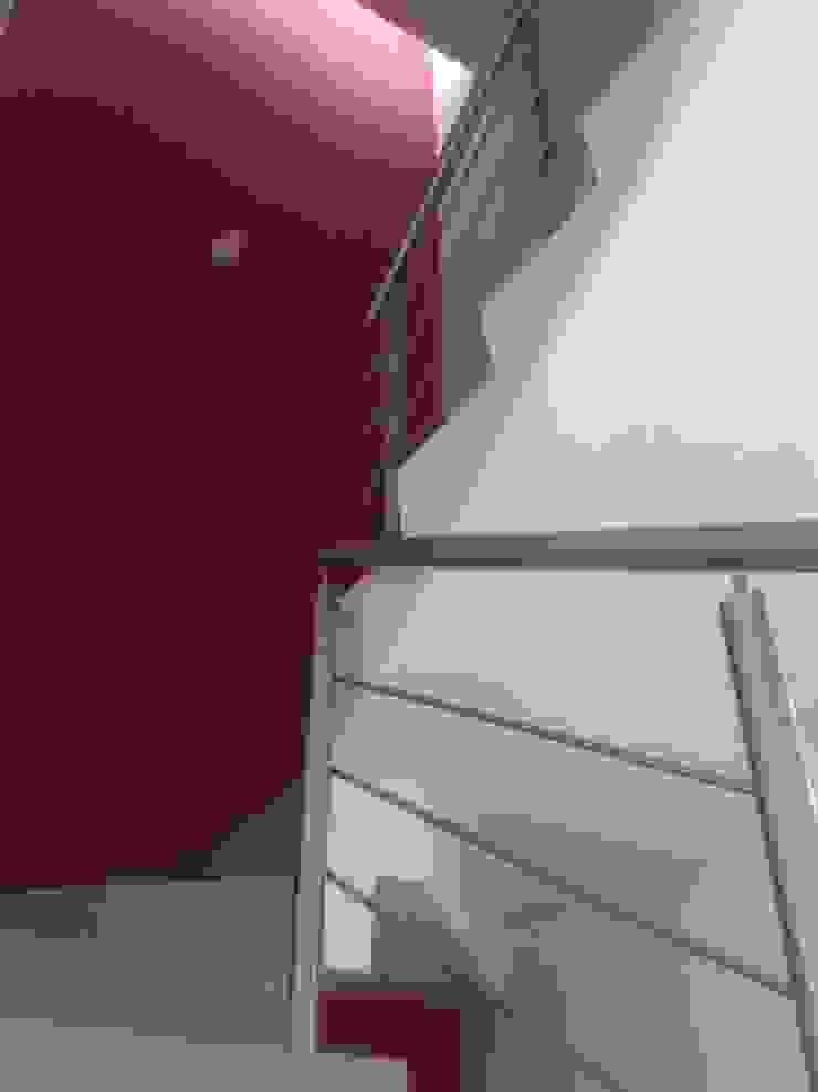 CASA PICASO Pasillos, vestíbulos y escaleras minimalistas de Diseño Aplicado Avanzado de Guadalajara Minimalista